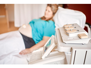 Avalon Cableless maternal and fetal monitoring system
