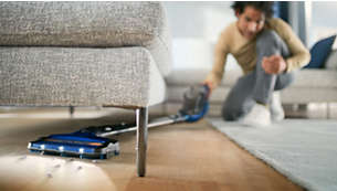 Alcance total a todas partes, incluso debajo de los muebles bajos