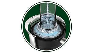Wlej wodę, aby szybko wykonać czyszczenie wstępne
