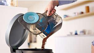 Stofbak ontworpen voor hygiënisch legen met één hand