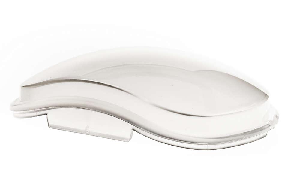 Le couvercle translucide préserve la pureté de l'eau