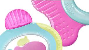 Les différentes textures apaisent et massent les gencives lors de la poussée des dents du fond