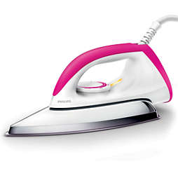 Classic Steam iron with non-stick soleplate